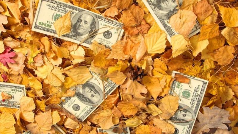 Октябрьский эмиссионный триллион рублей пойдет на пенсии и военные кредиты